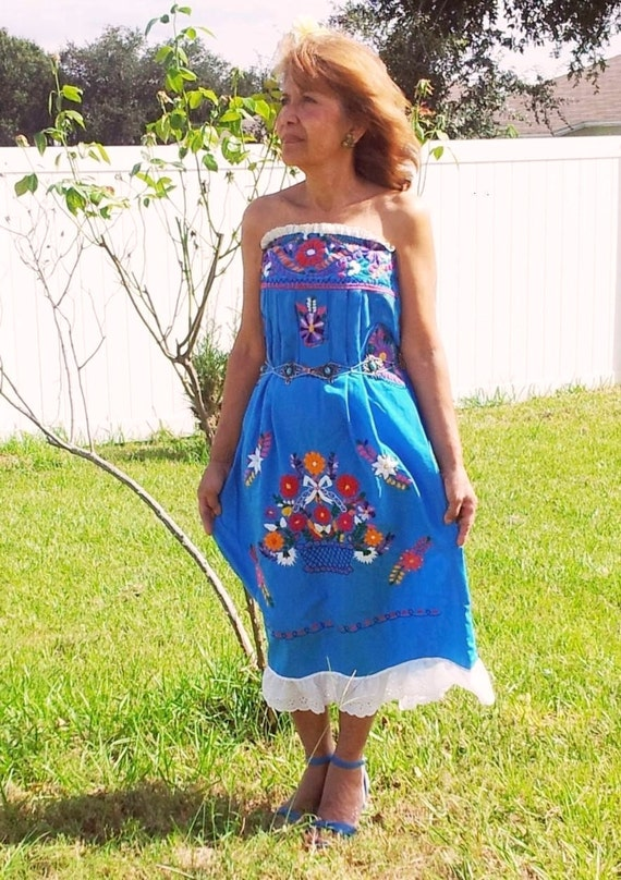 Vintage Embroidered Mexican Dress Strapless Adorned with White Lace