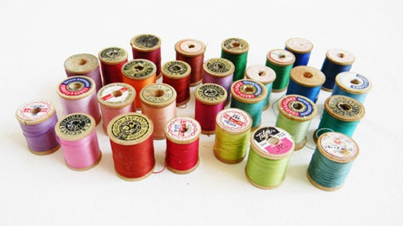 Vintage Thread Collection Wooden Spools