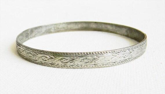 Antique Silver Etched Bangle Bracelet