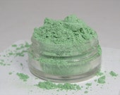 Mineral Eye Shadow Pistachio Dream shimmery mica powder shadow 5 gram sifter