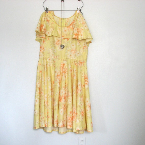 60s Yellow Garden Party Dress / Boho Chic / Size L - XL