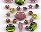 Glass Beads Mix Old Rose Fashion Flair Pink and Green