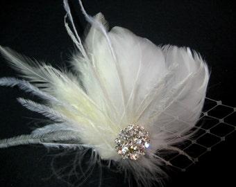 Wedding Bridal Ivory White Feather Rhinestone Jewel Veiling Head Piece Hair Clip Fascinator Accessory