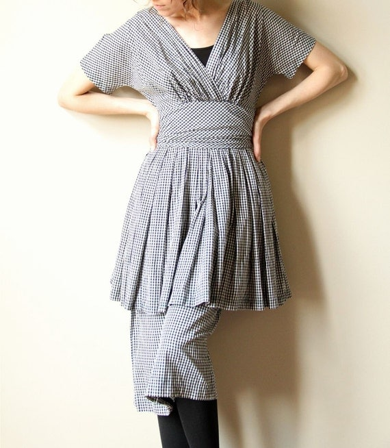 40s / 50s Peplum Party Frock - vintage black & white checked cotton gingham dress, wide cinched waist, crinoline full skirt