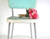 1950's Turquoise Vinyl Chair