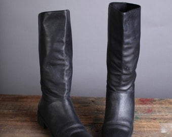 Vintage Size 6 Women's black leather riding boot
