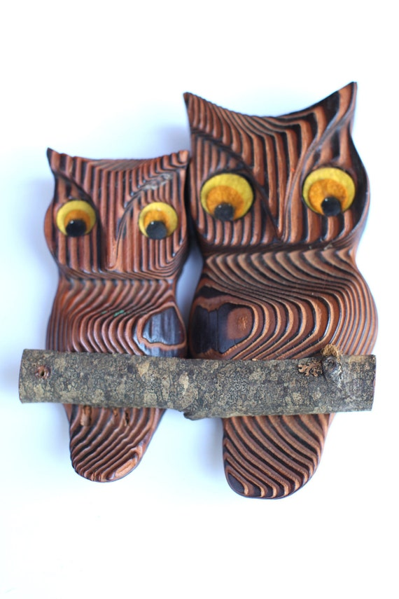 Small Wooden owl wall hanging