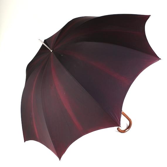 Maroon umbrella, scalloped edge, wood handle