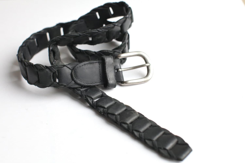 s vintage black leather link belt size 32 by