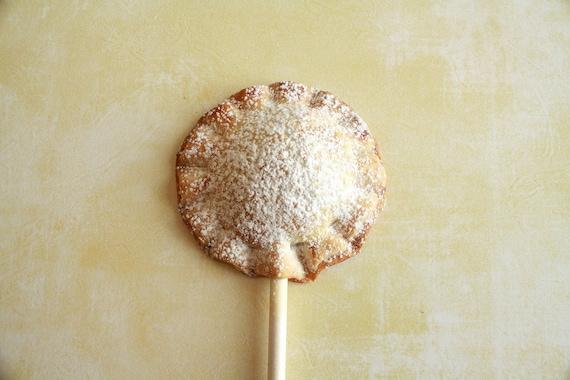 Chocolate Cream Pie Pops (12) Gift Set