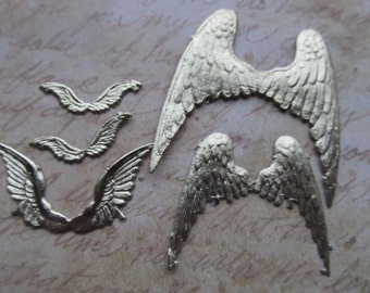 4 Vintage Gold Dresden Die Cut Wings