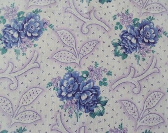 Vintage Fabric Blue Roses Lilac Flowers Suitable for Patchwork Quilting Lavender Bags Feedsack Pillow