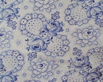 Vintage Cotton Fabric Blue Roses White Roses Unused Suitable for Pillows Patchwork Quilting Lavender Bags Feedsack