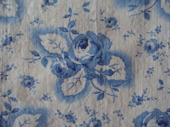 Vintage French Fabric Blue Roses Suitable for Patchwork Quilting, Lavender Bags Pillow Feedsack