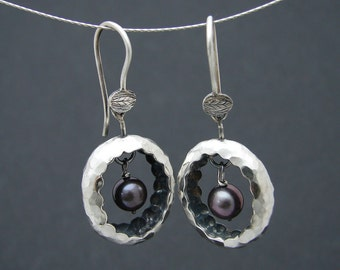 black nest earrings