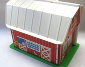 Fisher Price Barn 1986 Play Family Farm Collectible Childrens Toy