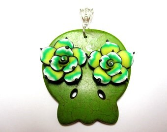 Sugar Skull Necklace Pendant Day Of The Dead Green Roses