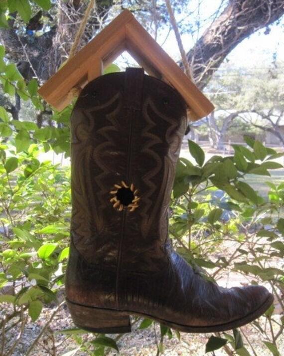 Rustic Cowboy Boot Birdhouse