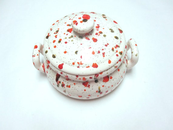 Early 1970s Lidded Dish Spatter Splatter Speckle Ware In Orange Red Green & White