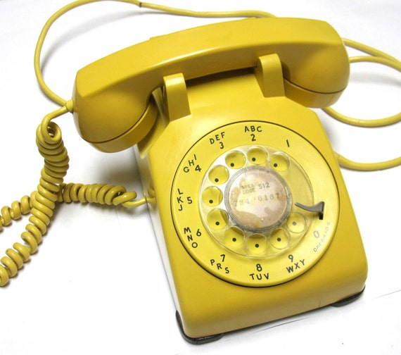 Bell Golden Yellow Rotary Dial Telephone 1962 Vintage Phone Harvest Gold Western Electric