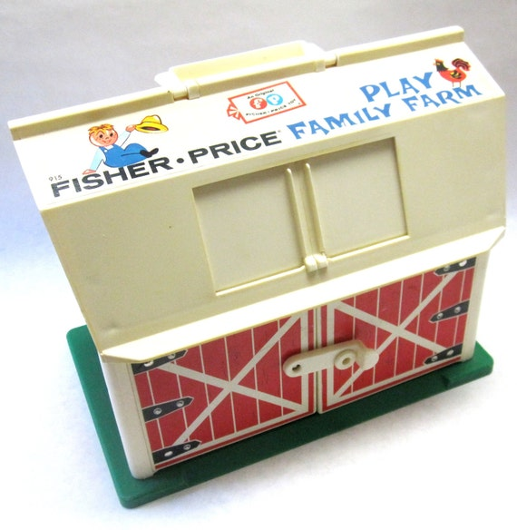 Fisher Price Barn 1967 Play Family Farm Collectible Childrens Toy
