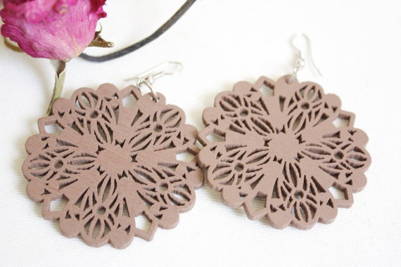 Buy 3 get 1 FREE///Browny Mystery Flower  Wood Earring , Naturally Beauty from recycel  Wood
