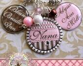 Mom Grandma Nana NECKLACE (or Key Chain), Triple Pendant, Photograph, Custom Names, Children's Names, Bottle cap, Mother, Gift, Mimi, Aunt