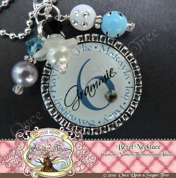 MOM GRANDMA NECKLACE, Personalized Grandchildren's Names, Grandma Grammie Nana, Custom Name and Number Necklace, Grandma Necklaces, Wedding