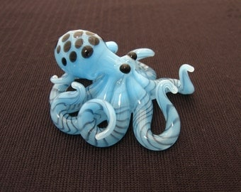 Small Glass Octopus pendant Sky Blue Spotted