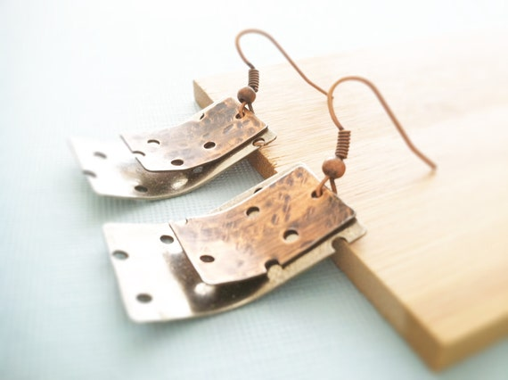 Hole punch earrings in silver and copper with industrial design, mixed metal earrings, copper earrings