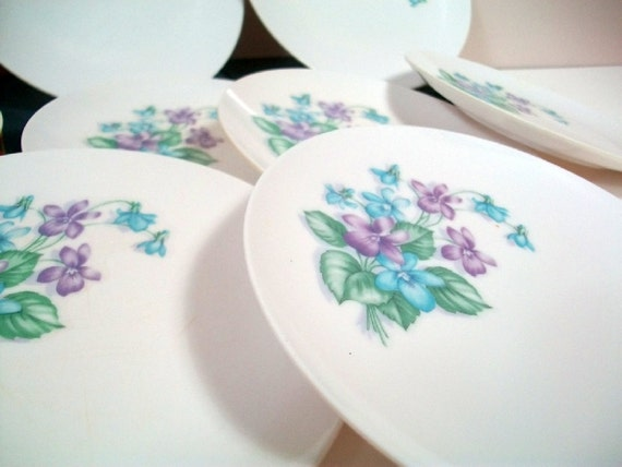 Vintage Royalon Mar Crest Melmac Corsage Patterned Bread or Salad Plates: Set of 8