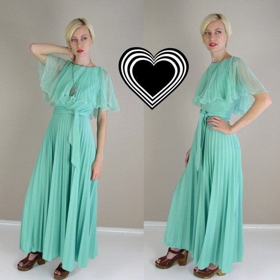 vtg 70s Maxi Dress Mint Green PLEATED CAPE Grecian Goddess Draped hippie S