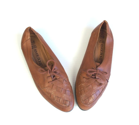 vtg 80s Brown Leather WOVEN lace up PREPPY OXFORDS flats shoes 7.5 boho southwestern