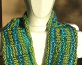 Cowl, mobius scarf, endless scarf, infinity scarf continuous scarf multicolored green blue hand knit