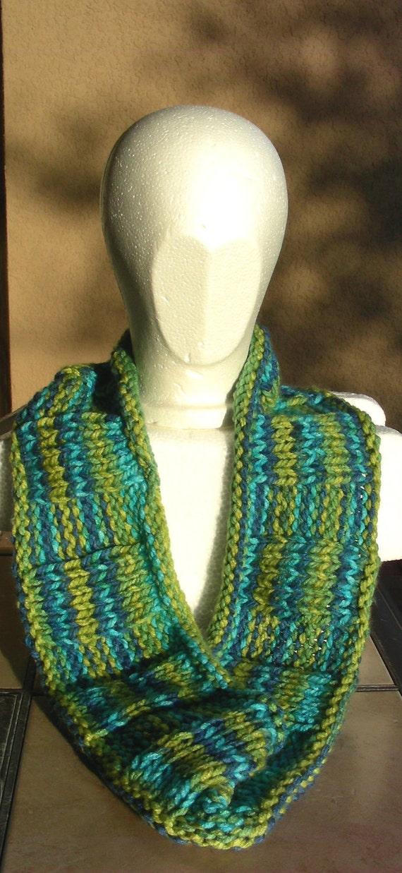 Mobius Scarf Knitting Pattern Infinity : Cowl mobius scarf endless scarf infinity scarf continuous