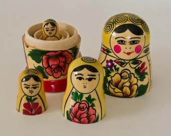 "Easter Authentic set 4 Vintage Wood Russian  MATRYOSHKA babushka nesting dolls 9 cm 3.5"" traditional rare gift"