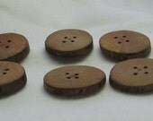 Beautiful Natural Wooden Round Buttons