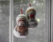 Smoochies.... a pair of GOURD ornaments