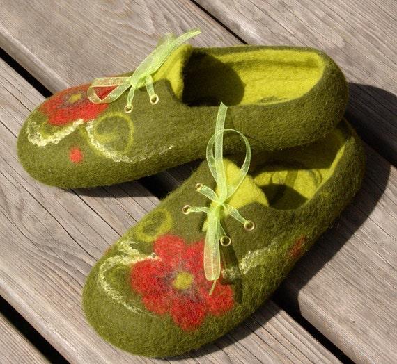 Felted wool slippers 'Poppy sneakers'