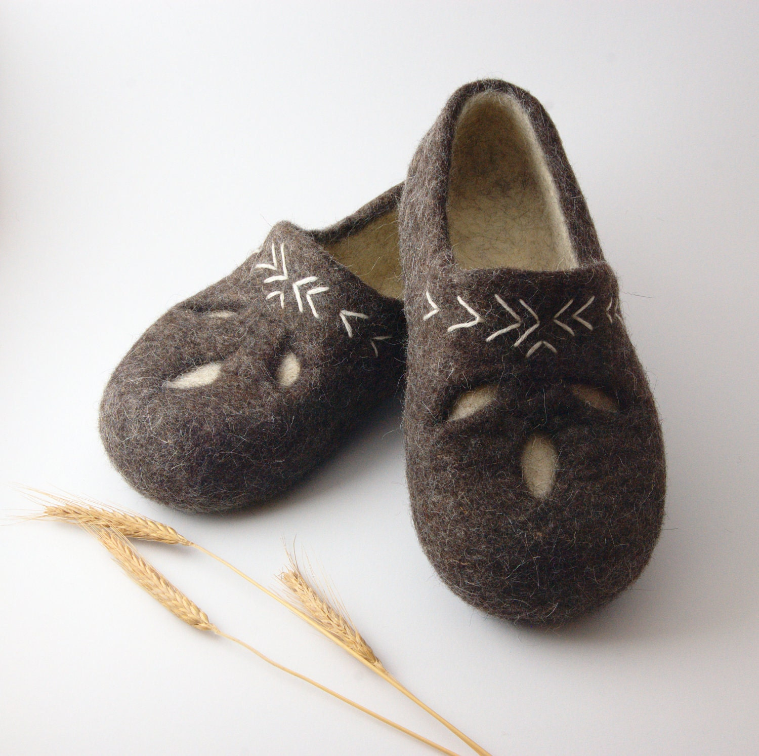 items similar to felted wool clogs ethno style handmade eco wool slippers made to order all. Black Bedroom Furniture Sets. Home Design Ideas