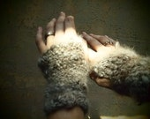 Reserved for jacqulynjjknutson - bunny paws, custom handspun and crocheted mitts