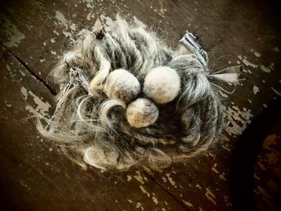 Muriel's nest handspun art yarn