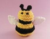 Bumblebee / Bee / Amigurumi Animals / Honeybee / Bumblebee Baby / Spring / Springtime / Crochet Flowers / Knitted Flowers / Garden / Beehive