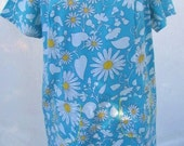 SALE Vintage 1950s or 1960s day dress Light Blue with White Daisys So Cute for Summer PLUS Size