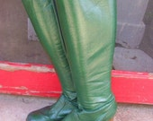 Vintage Go Go Boots from the 1970s or 1980s Green Green with Stacked Heels