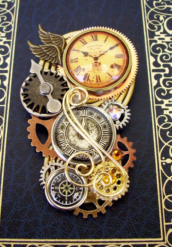 Steampunk Brooch (Pin117) - Clockwork Design - Wings and Compass - Gears and Swarovski Crystals -