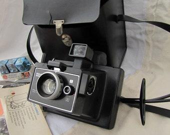 Polaroid Square Shooter 4 Land Camera, Flash, Case