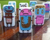 Yes Bot: a tiny domino robot that says Yes to everything you say