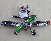 Santa Flying Silver Tone Moving Prop in Red and Green Costume Brooch Pin