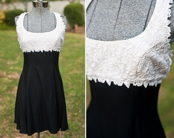 90s Black and White Cross Back Scoop Neck Summer Dress